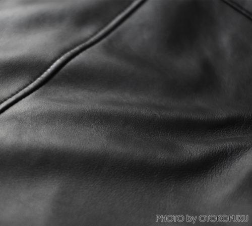 UNITED TOKYO ラムレザーシングルライダースの革素材