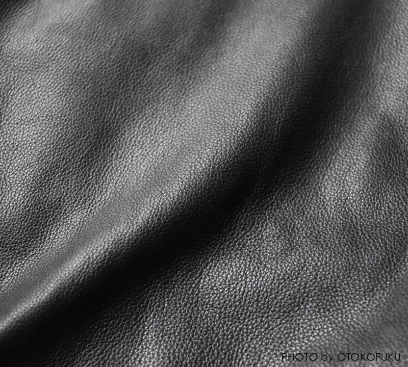 ファクトタムの新定番ライダースの革の質